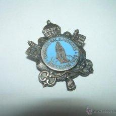 Pins de colección: ANTIGUA INSIGNIA DE ESMALTADA DE PLATA....AÑO 1.929. Lote 43842857