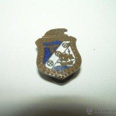 Pins de colección: ANTIGUA INSIGNIA ESMALTADA.. Lote 44529277
