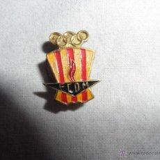 Pins de colección: PIN - INSIGNIA DE LA FEDERACION CATALANA DE DEPORTES OLIMPICOS - FCDM. Lote 44661707