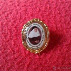 Pins de colección: BONITO PIN RELIGIOSO BEATIFICACION MADRE MARIA DE LA PURISIMA DE LA CRUZ SEVILLA SEPTIEMBRE 2010 . Lote 45422103