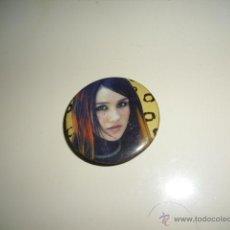 Pins de colección: MUJER CHAPA CON INPERDIBLE NO PINS PIN RETRO VINTAGE . Lote 45562983