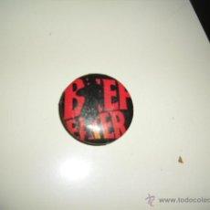 Pins de colección: BEEFEATER GINEBRA CHAPA CON INPERDIBLE NO PINS PIN RETRO VINTAGE . Lote 45563012