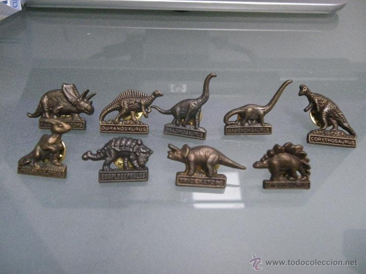 18 PINS DINOSAURIOS, DE DIARIO DE MALLORCA (Coleccionismo - Pins)