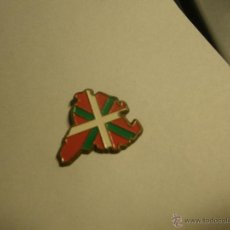 Pins de colección: PIN MAPA EUSKADI (PUA ROTA). Lote 46962631