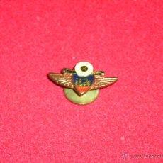 Pins de colección: PIN SOCORROS MUTUOS MADRID. Lote 47039321