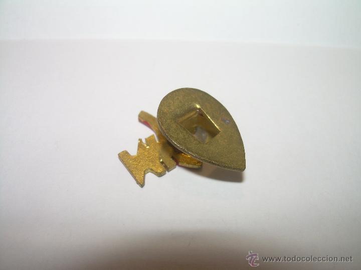 Pins de colección: ANTIGUA INSIGNIA BISCUTER VOISIN AUTONACIONAL. - Foto 3 - 47372042