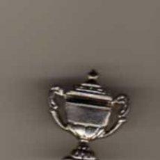 Pins de colección: PIN - COPA DE TROFEO. Lote 47422585