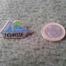 Pins de colección: BONITO Y ESCASO PIN FRANCIA FRANCE POISSY DELEGATION JEUNESSE TENGO MAS PINS VER LOTES. ESCASO. Lote 47473661