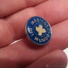 Pins de colección: BONITO PINS MEDICOS DEL MUNDO. Lote 47638529