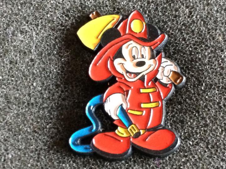 pin de dibujos animados disney mickey mouse bom  Comprar Pins