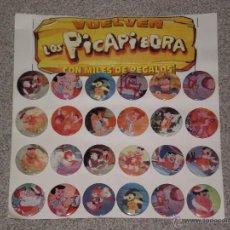 Pins de colección: LOTE EXPOSITOR DE 24 CHAPAS METALICAS TIPO PINS , VUELVEN LOS PICAPIEDRA. Lote 48483937
