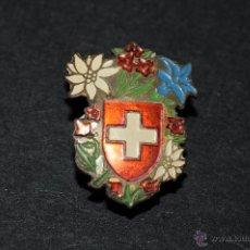Pins de colección: PIN INSIGNIA DE AGUJA IMPERDIBLE ESCUDO SUIZA. Lote 48884939