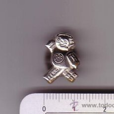 Pins de colección: ANTIGUA INSIGNIA O PIN DE OJAL.S.A.F.( S.A.FERRU ).BARCELONA.CHOCOLATES, BOMBONES, CACAOS.. Lote 48927877