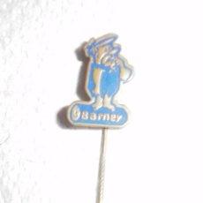Pins de colección: PIN. LOS PICAPIEDRA. INSIGNIA DE AGUJA PARA SOLAPA. PABLO MARMOL. MELIOR AMSTERDAM, 1965. Lote 48951366