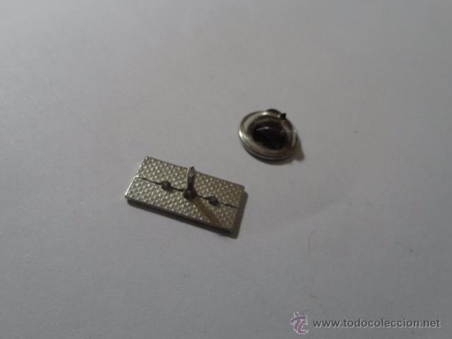 Pins de colección: PIN MARCA COCHE MAZDA, MAZDA CREDIT - Foto 2 - 49895649