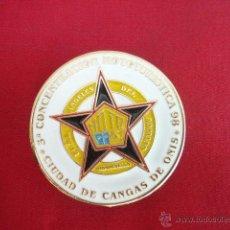 Pins de colección: PLACA - PIN ESMALTADA. METAL. CONCENTRACION MOTOS 98. CANGAS DE ONIS. PEÑA ANGELES DEL ASFALTO. . Lote 49934788