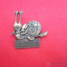 Pins de colección: PIN EN METAL. I CONCENTRACION MOTO CLUB ARRATE.. Lote 49934810