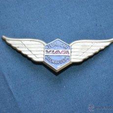 Pins de colección: ANTIGUA INSIGNIA - CHAPA - AZAFATA EN APRENDIZAJE - ORIGINAL - LINEAS AEREAS VIASA VENEZUELA - 70'S. Lote 50089684