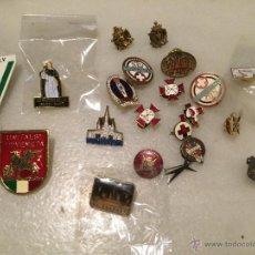 Pins de colección: ANTIGUO LOTE DE PINS, DE LA CRUZ ROJA, CARITAS, PEREGRINACIONES ETC. . Lote 50361632