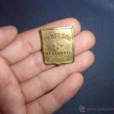 Pins de colección: ANTIGUA INSIGNIA DE PROFESOR MERCANTIL. Lote 53017611