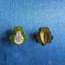 Pins de colección: INSIGNIA BOMBILLAS TREBOL, SIN FECHA. Lote 53810037