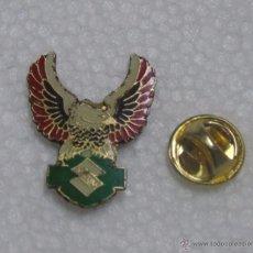 Pins de colección: PIN DE COCHES MOTOS. MOTO SUZUKI. Lote 53833497