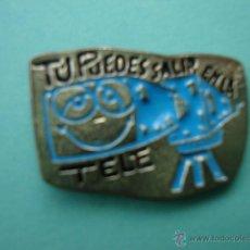 Pins de colección: ANTIGUO PIN'S DE TELEVISIÓN TU PUEDES SALIR EN LA TELE. Lote 54299815