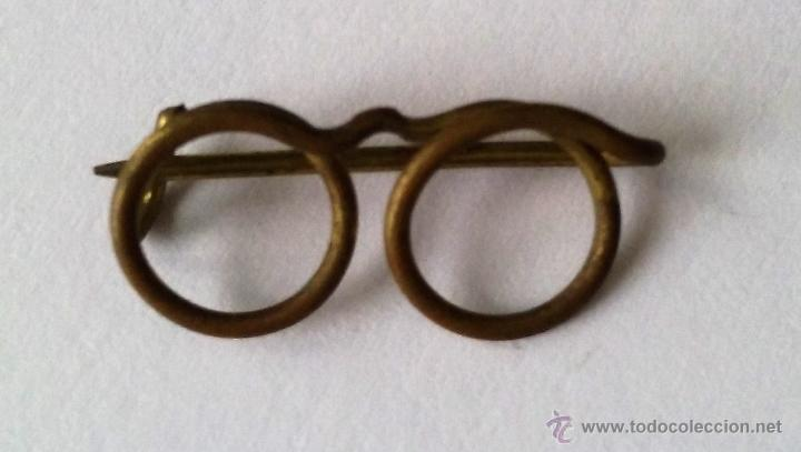 0bd2379262 Pin aguja pequeñas gafas. lentes de metal. años - Sold at Auction ...