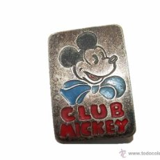 Pins de colección: ANTIGUA INSIGNIA....CLUB MICKEY WALT DISNEY......CREO QUE ES DE PLATA.. Lote 47122680