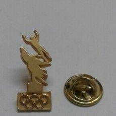 Pins de colección: SUECIA PIN OLIMPIADAS, SPORRONG. Lote 55929193