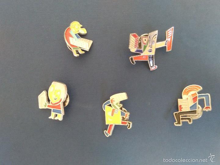 Pins de colección: PINs. 5 Javier Mariscal. Cículo de Lectores - Foto 2 - 57069595