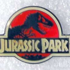 Pins de colección: CINE PIN INSIGINA DE LA PELICULA JURASSIC PARK. Lote 57411569