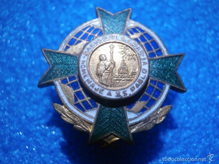 Pins de colección: Insignia de la Orden del Báculo de la Paz de la Asociación de Corresponsales de Guerra.1966 - Foto 2 - 57488255