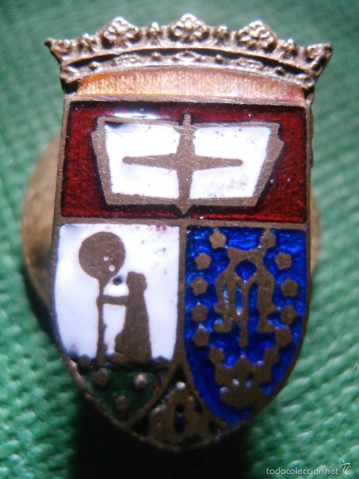 Pins de colección: Muy antigua insignia esmaltada para Ojal - Antiguo Escudo de Madrid - A determinar - Rara - Foto 2 - 57559516