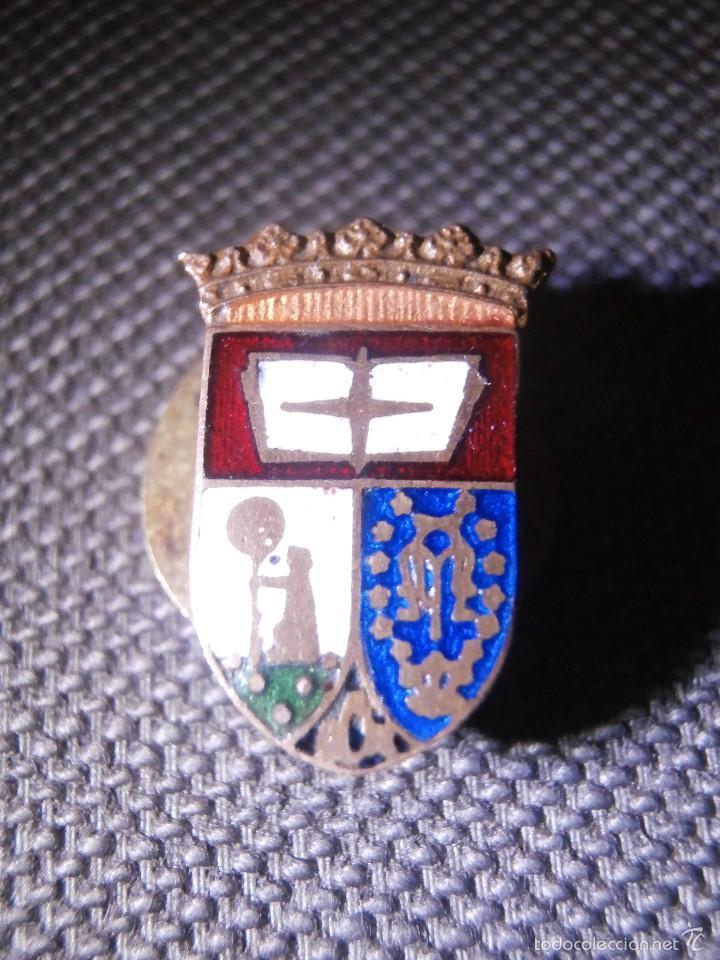 Pins de colección: Muy antigua insignia esmaltada para Ojal - Antiguo Escudo de Madrid - A determinar - Rara - Foto 5 - 57559516