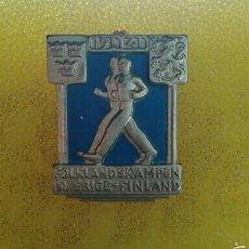 Pins de colección: SUECIA-FINLANDIA INSIGNIA FOLKLANDSKAMPEN 1941. Lote 57890913