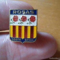 Pins de coleção: ANTIGUO PIN ALFILER ESCUDO EMBLEMA ROSAS COSTA BRAVA . Lote 58079099