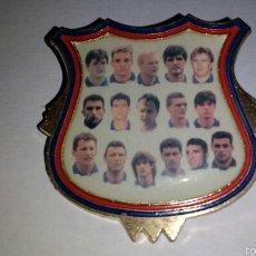 Pins de colección: GRAN PIN FC BARCELONA BARÇA - TEMPORADA 1994 / 1995 - MINCAR. Lote 59196457