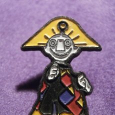 Pins de colección: PIN - DIBUJOS ANIMADOS Y CARICATURAS - A DETERMINAR. Lote 62077704
