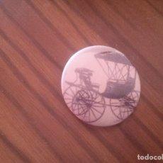 Pins de colección: CHAPA. CARRUAJE VINTAGE. 0.31 MM. SIN USAR. MAGNÍFICO ESTADO. RARA. Lote 70300937
