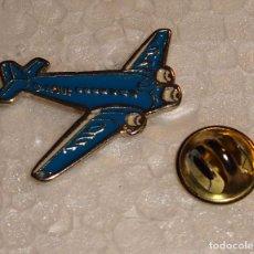 Pins de colección: PIN DE AVIONES AEROLÍNEAS. AVIÓN AZUL . Lote 72724099
