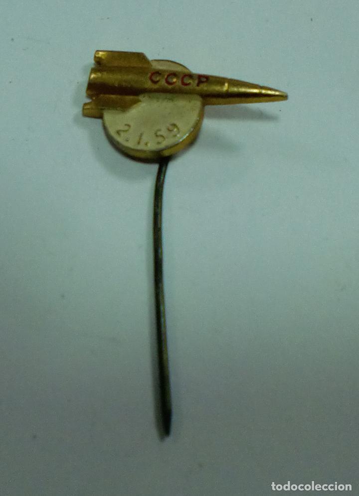 ANTIGUO PIN. RUSO. CCCP. 2.1.59 (Coleccionismo - Pins)