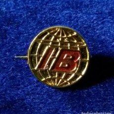 Pins de colección: ANTIGUO PIN BROCHE DE ALFILER DE LA COMPAÑIA AEREA IBERIA AÑOS 60. Lote 138966224