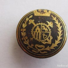 Pin's de collection: PIN ANTIGUA INSIGNIA DE SOLAPA DAMASQUINADA EN ORO EPOCA DE LA REPUBLICA ESPAÑOLA. Lote 80475249