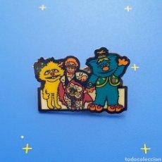 Pins de colección - Pin SERIE TV - 129994854