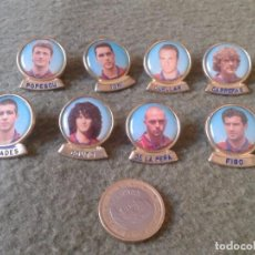 Pins de colección: LOTE DE 8 PINS PIN DE JUGADORES DE FUTBOL FOOTBALL JUGADOR CLUB BARCELONA BARÇA VER FOTO/S Y DESCRIP. Lote 81987632