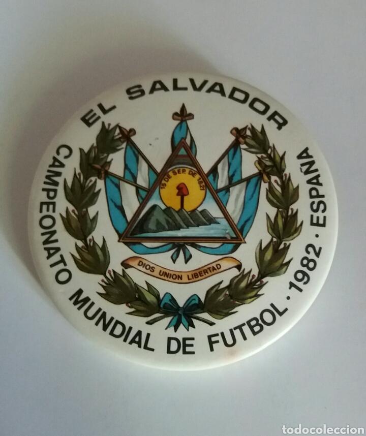 MUNDIAL FUTBOL ESPAÑA 82, EL SALVADOR, MUY RARA (Coleccionismo - Pins)