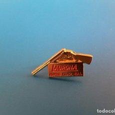 Pins de colección: PIN ARMAS MARCA LAURONA. Lote 89409088