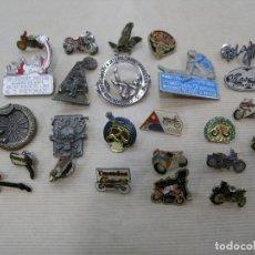 Pins de colección: LOTE 25 PIN PINS MOTO MOTOS MOTEROS MAS GAS. Lote 90750745