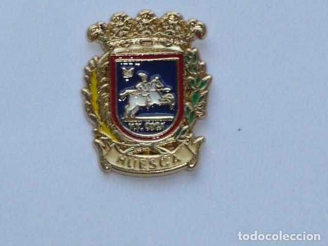 PIN HERALDICO DE HUESCA (Coleccionismo - Pins)